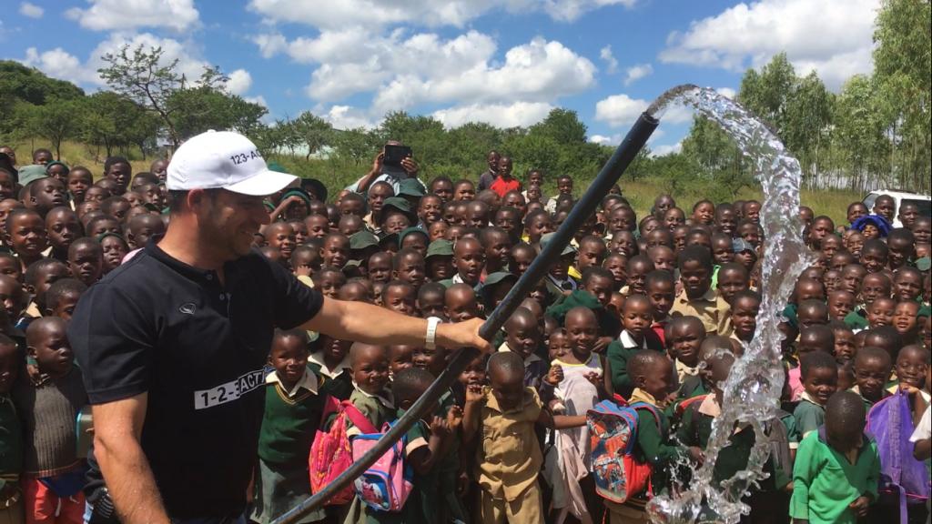 """Comment """"1 2 3 Action"""" donne accès à l'eau potable pour une vie meilleure !"""